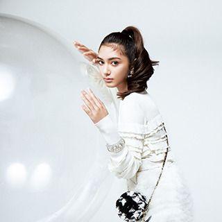 White, Shoulder, Beauty, Skin, Fashion, Photo shoot, Fashion model, Photography, Dress, Outerwear,