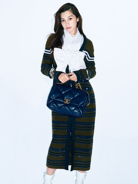 Clothing, White, Waist, Fashion model, Fashion, Shoulder, Denim, Sleeve, Joint, Jeans,