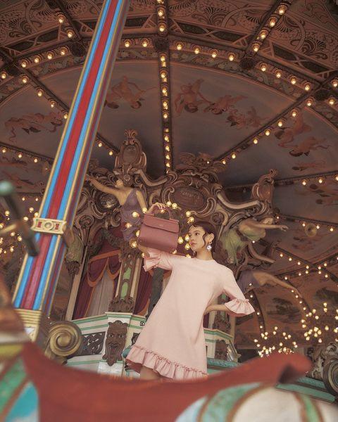 Amusement ride, Carousel, Amusement park, Recreation, Fun, Christmas, Tree, Park, Nonbuilding structure, Tourist attraction,