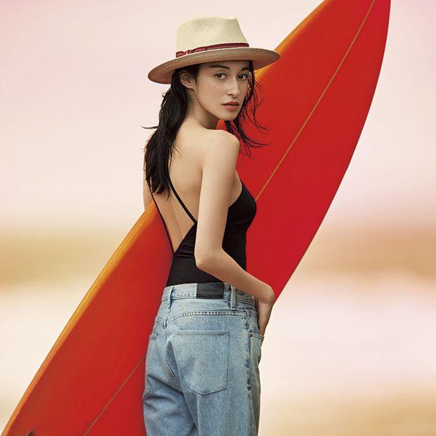 Clothing, Jeans, Red, Beauty, Fashion, Standing, Hat, Model, Sun hat, Headgear,