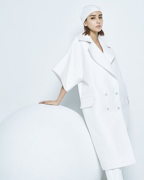 White, Clothing, White coat, Uniform, Coat, Outerwear, Headgear, Sleeve, Overcoat, Robe,