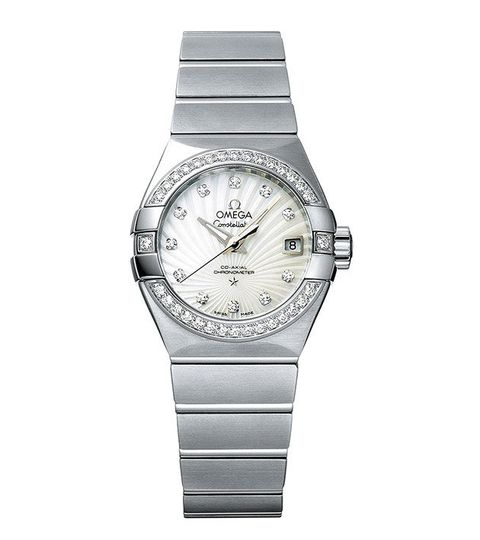 Watch, Analog watch, Watch accessory, Fashion accessory, Strap, Silver, Jewellery, Material property, Brand, Metal,