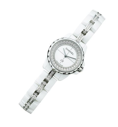 Analog watch, Watch, Watch accessory, Fashion accessory, Jewellery, Strap, Material property, Silver, Brand, Hardware accessory,