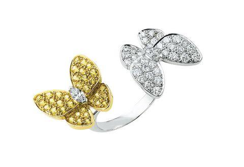 Jewellery, Fashion accessory, Diamond, Yellow, Leaf, Body jewelry, Finger, Brooch, Metal, Gemstone,