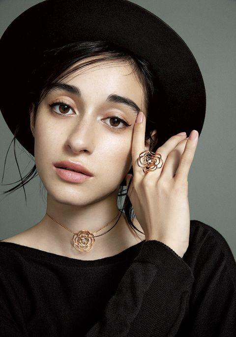Face, Hair, Eyebrow, Beauty, Lip, Skin, Hat, Chin, Fashion accessory, Fashion,