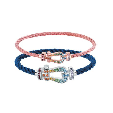 Bracelet, Fashion accessory, Jewellery, Collar, Bangle,