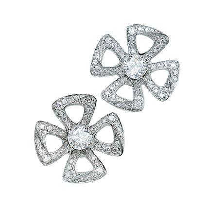 Diamond, Fashion accessory, Jewellery, Silver, Gemstone, Body jewelry, Platinum, Metal, Silver,