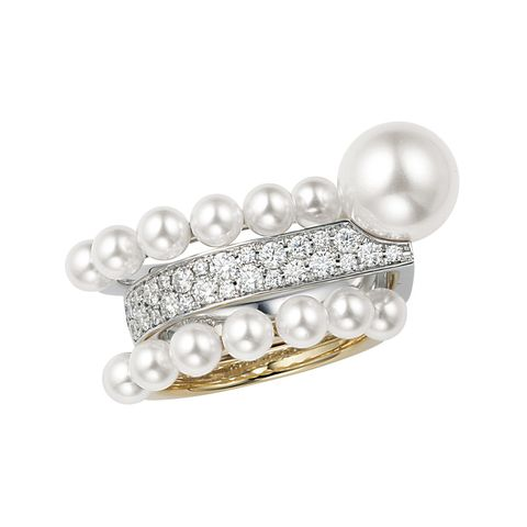 Jewellery, Pearl, Fashion accessory, Body jewelry, Gemstone, Ring, Diamond, Silver, Silver, Metal,