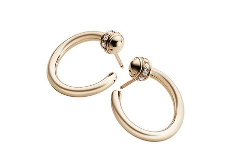 Fashion accessory, Jewellery, Body jewelry, Ring, Circle, Metal, Platinum, Engagement ring, Keychain,