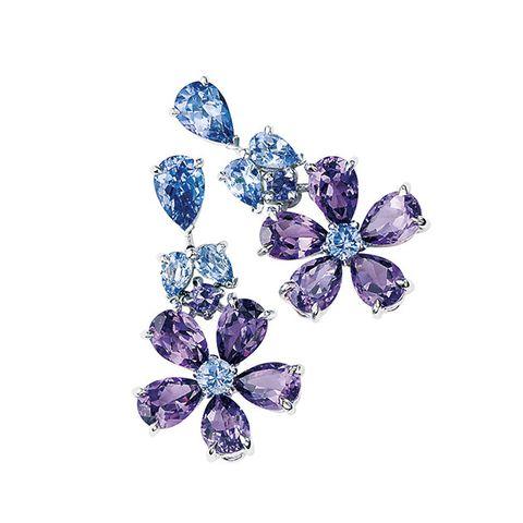 Fashion accessory, Gemstone, Brooch, Jewellery, Diamond, Body jewelry, Sapphire, Crystal, Plant,