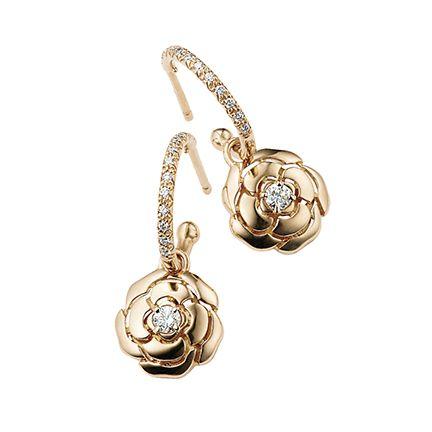 Jewellery, Fashion accessory, Body jewelry, Earrings, Locket, Chain, Pendant, Gold, Metal, Gemstone,