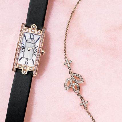 Fashion accessory, Jewellery, Chain, Body jewelry, Necklace, Neck, Pendant,