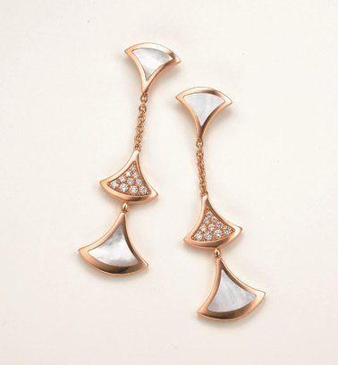 Earrings, Jewellery, Fashion accessory, Body jewelry, Metal, Silver, Diamond,