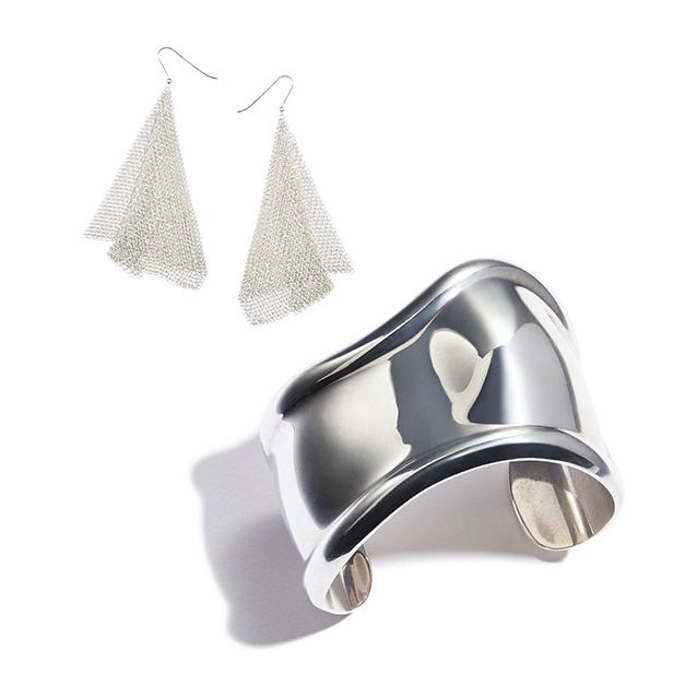Cone, Silver, Natural material, Christmas decoration, Synthetic rubber, Steel, Christmas tree, Ornament, Bridal shoe,
