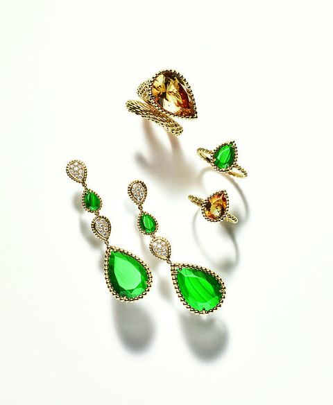 Emerald, Jewellery, Body jewelry, Green, Fashion accessory, Earrings, Gemstone, Diamond,