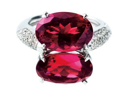 Jewellery, Red, Magenta, Pink, Violet, Amber, Purple, Fashion accessory, Maroon, Natural material,