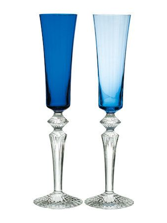Blue, Drinkware, Glass, Stemware, Barware, Aqua, Tableware, Champagne stemware, Turquoise, Azure,