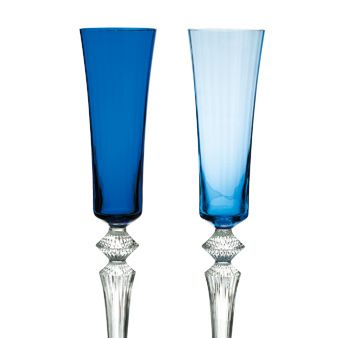 Blue, Drinkware, Glass, Stemware, Barware, Aqua, Champagne stemware, Tableware, Turquoise, Electric blue,