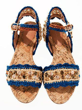 Brown, Style, Tan, Fashion, Beige, Nail, Foot, Glitter, Sandal, Earrings,
