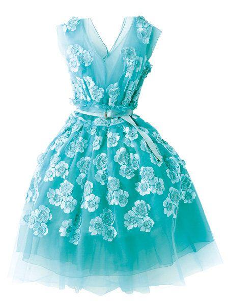 Blue, Dress, Sleeve, Textile, Pattern, Teal, Aqua, Formal wear, One-piece garment, Turquoise,