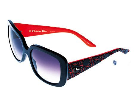 Eyewear, Glasses, Vision care, Product, Glass, Personal protective equipment, Red, Sunglasses, Line, Goggles,