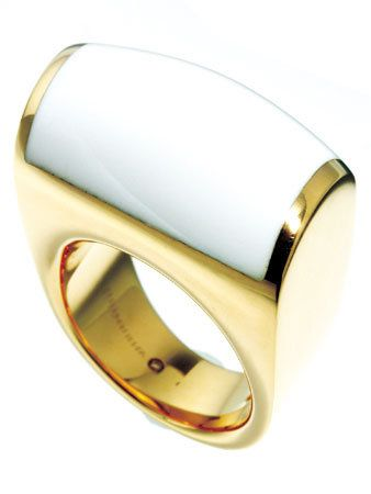Product, Yellow, Jewellery, Amber, Fashion accessory, Metal, Natural material, Beige, Material property, Ring,
