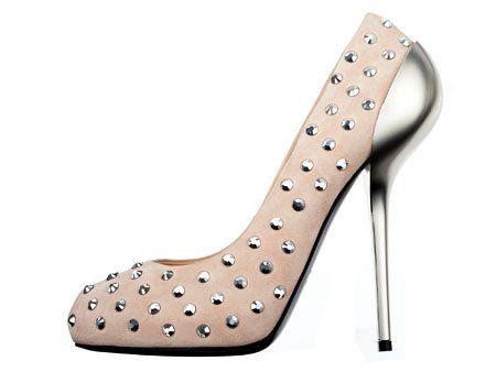 Brown, White, Foot, Pattern, Tan, Grey, Beige, High heels, Composite material, Design,