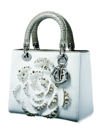 Product, Bag, White, Fashion accessory, Style, Luggage and bags, Shoulder bag, Pattern, Metal, Material property,
