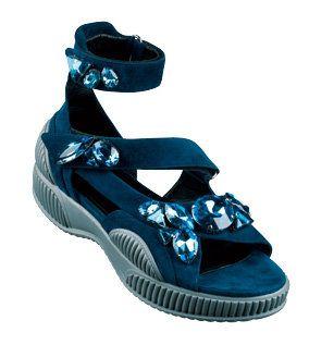 Blue, Aqua, Teal, Azure, Black, Electric blue, Turquoise, Design, Synthetic rubber, Walking shoe,