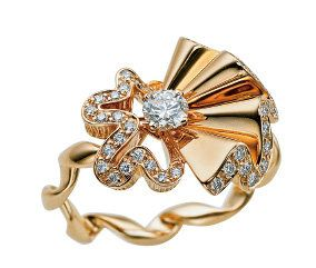 Jewellery, Fashion accessory, Amber, Body jewelry, Metal, Brooch, Engagement ring, Diamond, Ring, Natural material,