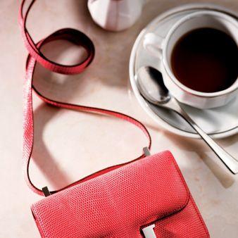 Serveware, Drinkware, Coffee cup, Cup, Red, Drink, Dishware, Tea, Tableware, Teacup,