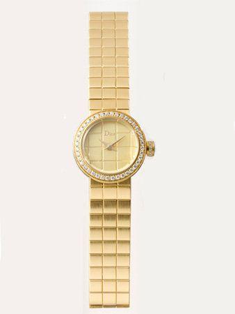 Watch, Analog watch, Wrist, Watch accessory, Tan, Khaki, Metal, Beige, Strap, Circle,