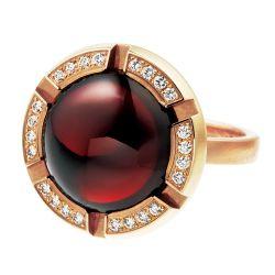 Brown, Jewellery, Amber, Metal, Tan, Maroon, Body jewelry, Circle, Ring, Natural material,