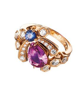 Jewellery, Fashion accessory, Magenta, Violet, Amber, Purple, Natural material, Lavender, Fashion, Body jewelry,