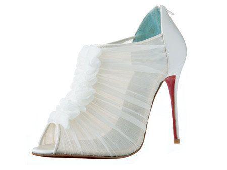 White, Basic pump, Grey, Sandal, Beige, Bridal shoe, High heels, Fashion design, Dancing shoe, Silver,