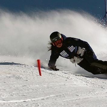 Skier, Snow, Recreation, Geological phenomenon, Winter sport, Snowboard, Extreme sport, Sports, Skiing, Ski boot,