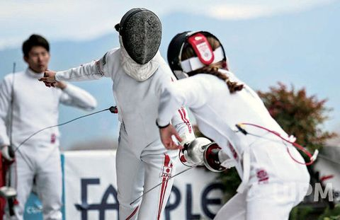 Fencing, Sports, Foil, Sports equipment, Contact sport, Fun, Sabre, Modern pentathlon, Competition event, Individual sports,