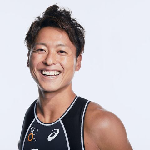 Chin, Arm, Smile, Muscle, Photography, Neck, Sports uniform, Black hair,