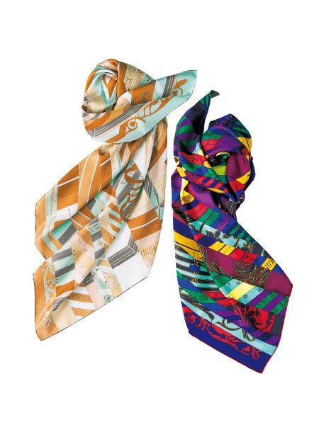 Pattern, Orange, Teal, Aqua, Beige, Fashion design, Wedge, Visual arts, Sandal, Pattern,