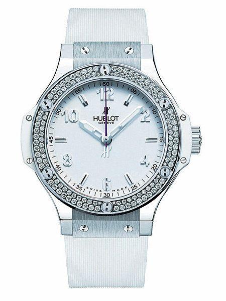 Product, Analog watch, Watch, Glass, White, Font, Watch accessory, Black, Clock, Metal,