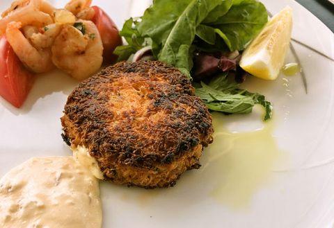 Dish, Food, Cuisine, Ingredient, Fishcake, Crab cake, Produce, Rissole, Fried food, Patty,