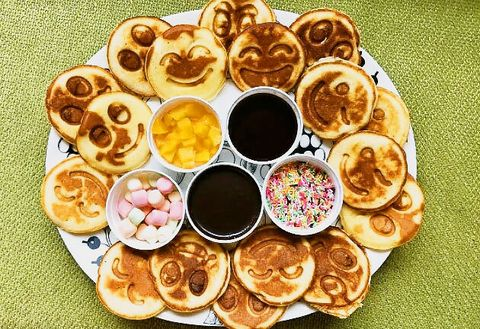 Dish, Food, Cuisine, Ingredient, Breakfast, Meal, Finger food, Produce, Dessert, Baked goods,