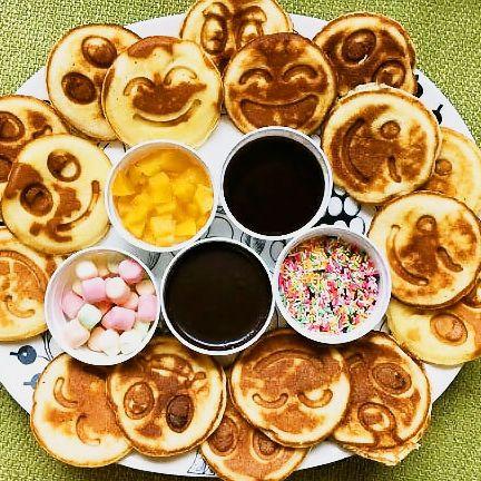 Dish, Food, Cuisine, Ingredient, Meal, Breakfast, Finger food, Produce, Dessert, Baked goods,