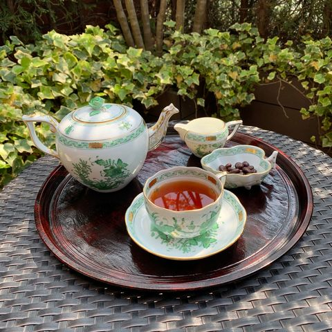 Porcelain, Cup, Teacup, Serveware, Saucer, Tableware, Dishware, Cup, Coffee cup, Ceramic,