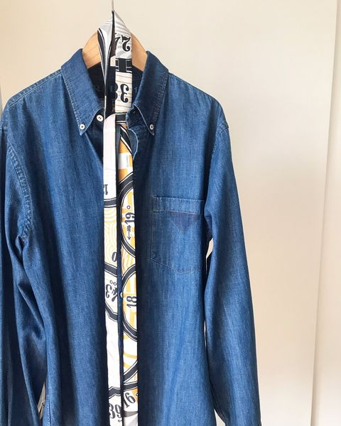 Denim, Clothing, Jeans, Blue, Outerwear, Textile, Collar, Sleeve, Jacket, Pocket,