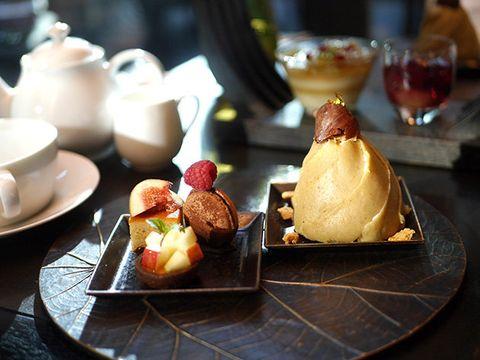 Food, Dish, Cuisine, Dessert, Sweetness, Brunch, Ingredient, Pâtisserie, Profiterole, Frozen dessert,