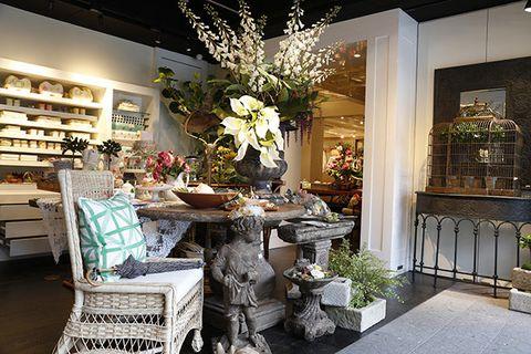 Interior design, Room, Building, Property, Furniture, Lighting, Floristry, Table, Home, Design,