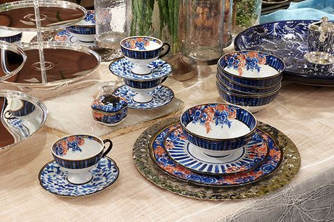 Porcelain, Dishware, Teacup, Serveware, Tableware, Cup, Saucer, Blue and white porcelain, Coffee cup, Dinnerware set,