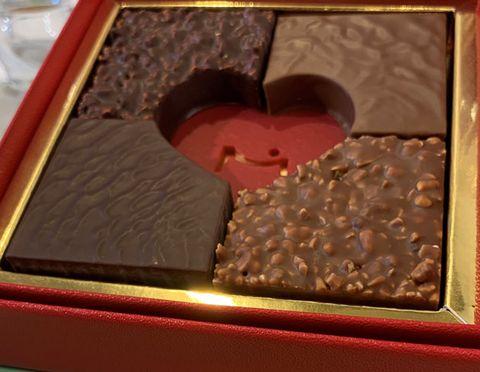 Chocolate, Food, Honmei choco, Ganache, Cuisine, Dish, Dessert, Sweetness, Confectionery, Fudge,