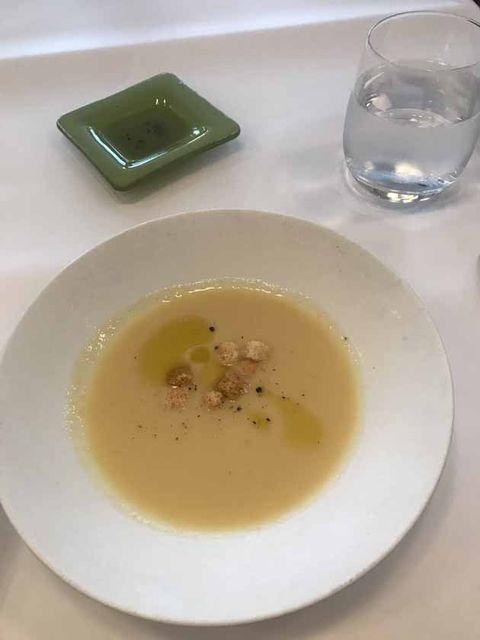 Dish, Food, Cuisine, Vichyssoise, Leek soup, Consommé, Ingredient, Soup, Potage, Velouté sauce,